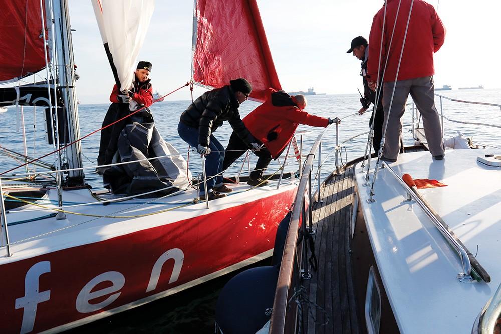 Deneyimli ekip Akfen-40 Plus yarışın en talihsiz ekibi oldu.
