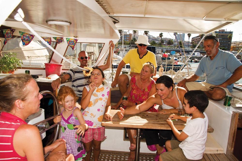 Teknede çocuk yetiştirmek düşünüldüğü kadar zor değil