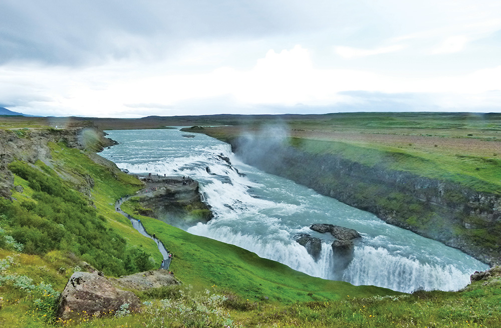 Gullfoss Şelalesi, İzlanda - Kuzey Atlantik'teki hazine odası.