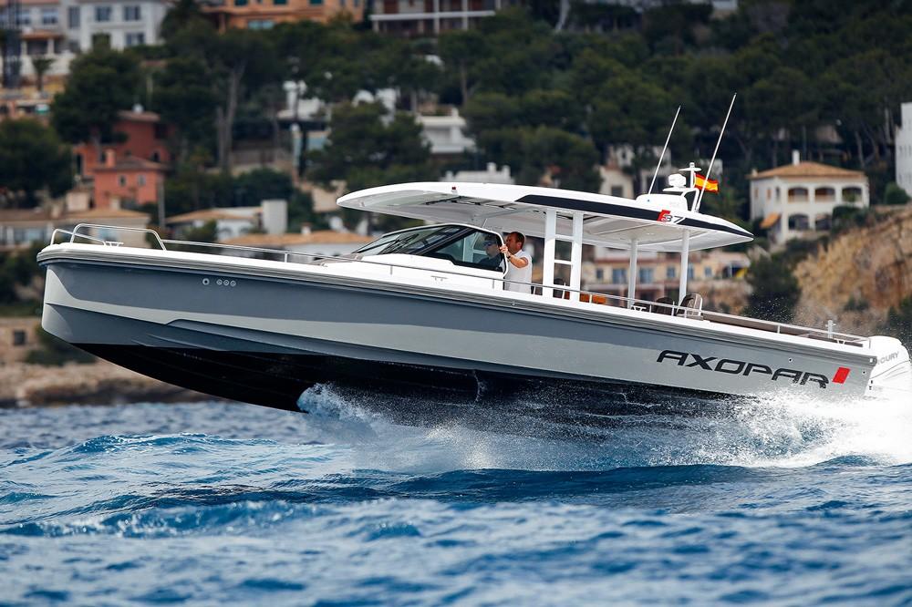 Motor boat d lleri 2017 motor boat yachting for Best outboard motor 2017
