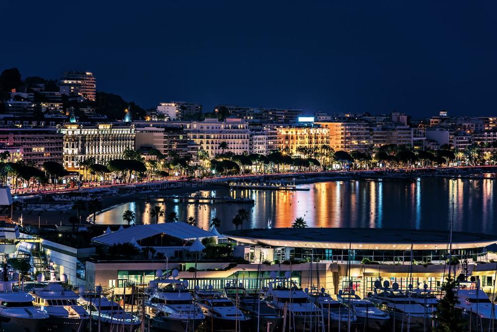 Cannes 'da festival havası