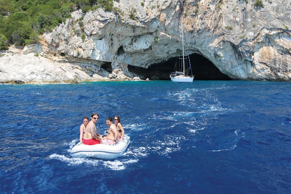 Kefalonya ve çevre adaları - Papanikolis Cave