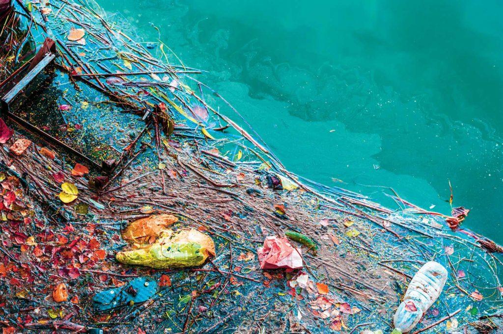 Deniz kirliliğine karşı açılan yelkenler