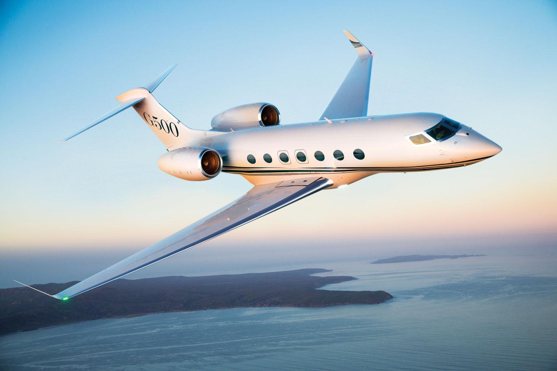 Bulutların üstündeki lüks Gulfstream G500