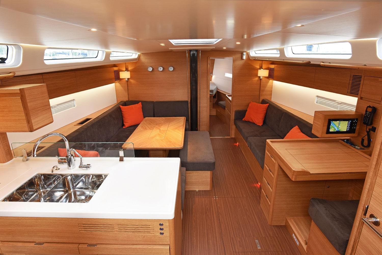 X-Yachts X49 - Salon