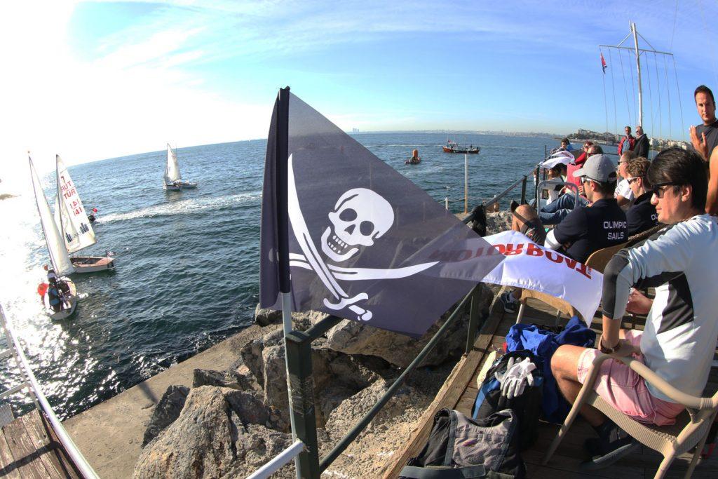 Korsanların mücadelesinde galip kurayla belirlendi