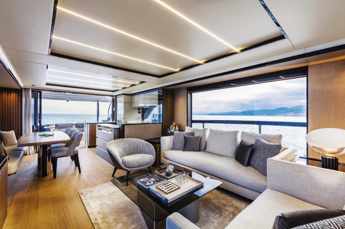 Absolute Navetta 68 - Salon