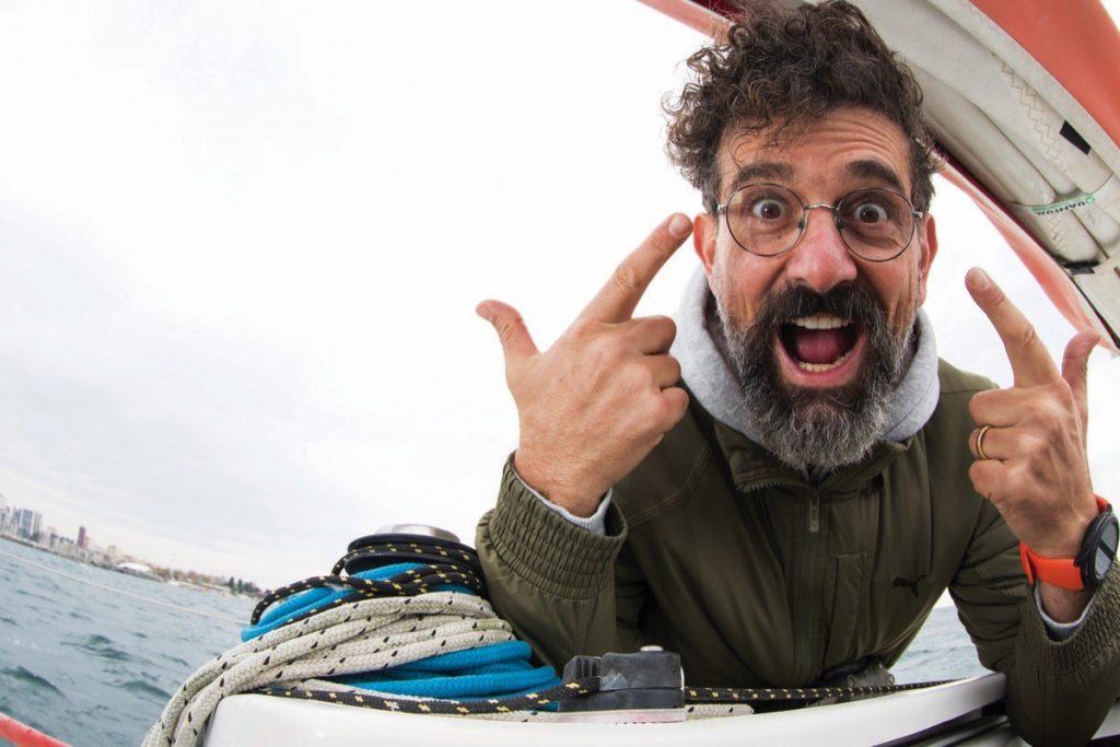 İnsan tokat yedikçe denizci oluyor