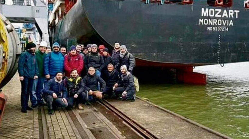 Gemiye korsan saldırısı