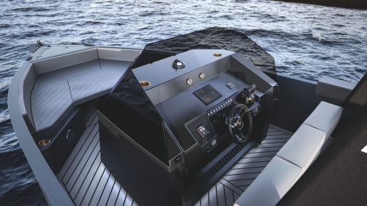CUPRA De Antonio Yachts D28 Formentor - Dümen mahalli
