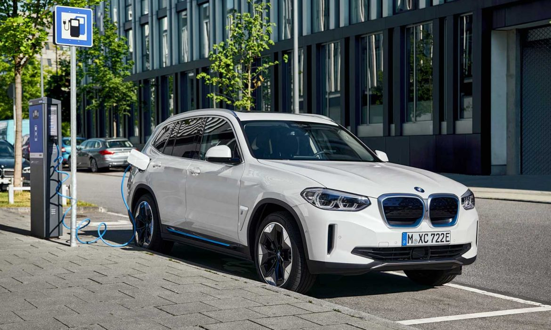 Çevreci SUV modeli: BMW iX3
