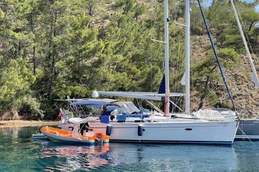 Dingi ile teknede ihtiyaç duyulan birçok ürün ve hizmete tek tıkla ulaşılabiliyor.