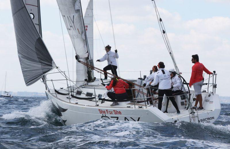 Özay Sailing - Yelken takımı