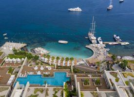 Azimut Yacht Caresse Bodrum'da
